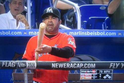Ozzie-guillen-bat1