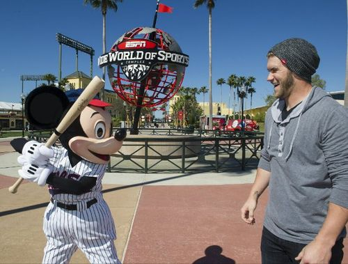 Bryce-harper-mickey-mouse